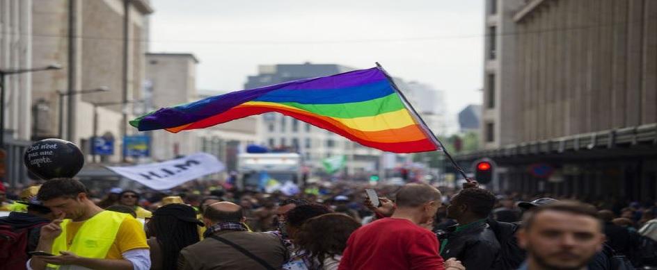 18/05/17 : Pour un accueil des réfugiés fuyant les violences liées à leur identité de genre ou orientation sexuelle (Le Vif)